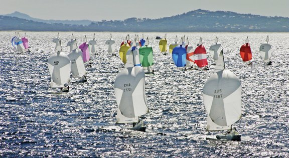 Take part in the 18th Etchells Australasian Winter Championship
